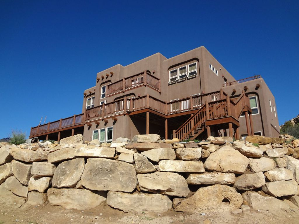 Slot Canyon Inn
